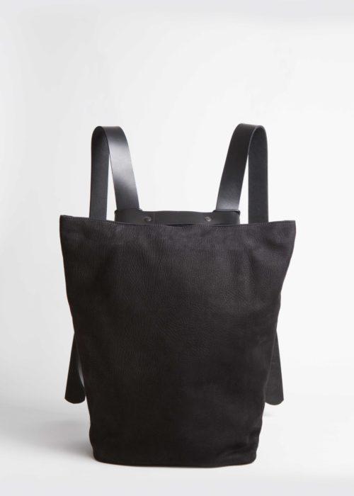 Tesris_black_backpack_front